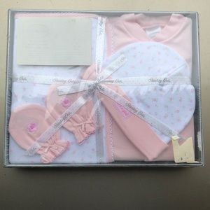 Brand New NWOT Newborn clothes set